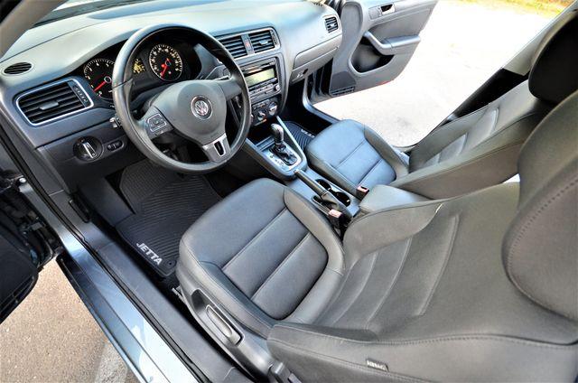 2012 Volkswagen Jetta SE w/Convenience PZEV Reseda, CA 33