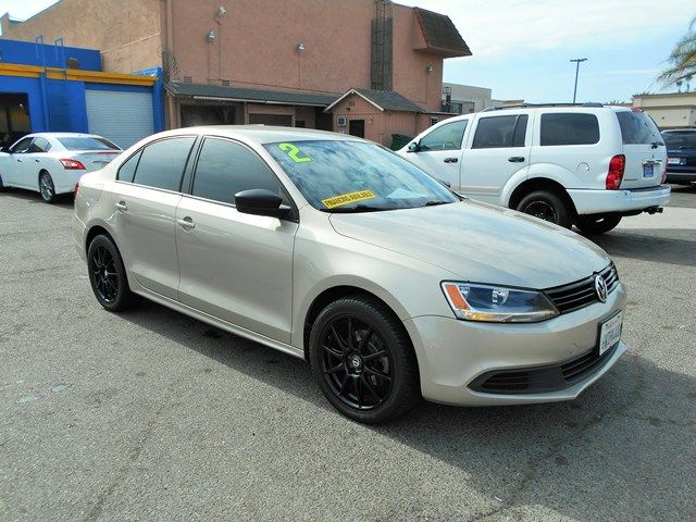 2012 Volkswagen Jetta S Limited warranty included to assure your worry-free purchase AutoCheck re