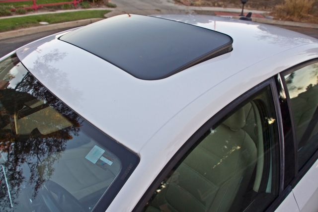 2012 Volkswagen JETTA SE W/CONVENIENCE ONLY 85K MLS SUNROOF LEATHER SERVICE RECORDS! Woodland Hills, CA 8