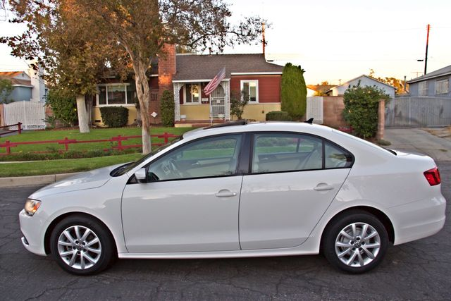 2012 Volkswagen JETTA SE W/CONVENIENCE ONLY 85K MLS SUNROOF LEATHER SERVICE RECORDS! Woodland Hills, CA 1