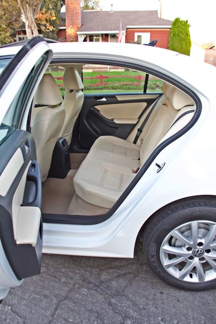 2012 Volkswagen JETTA SE W/CONVENIENCE ONLY 85K MLS SUNROOF LEATHER SERVICE RECORDS! Woodland Hills, CA 22