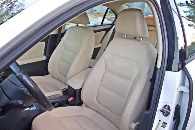 2012 Volkswagen JETTA SE W/CONVENIENCE ONLY 85K MLS SUNROOF LEATHER SERVICE RECORDS! Woodland Hills, CA 12