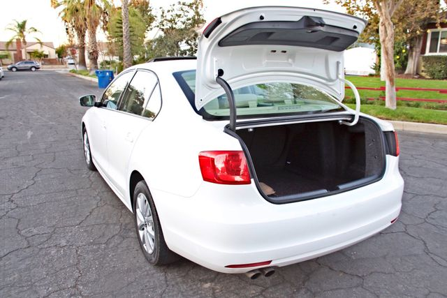 2012 Volkswagen JETTA SE W/CONVENIENCE ONLY 85K MLS SUNROOF LEATHER SERVICE RECORDS! Woodland Hills, CA 24