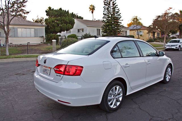 2012 Volkswagen JETTA SE W/CONVENIENCE ONLY 85K MLS SUNROOF LEATHER SERVICE RECORDS! Woodland Hills, CA 4