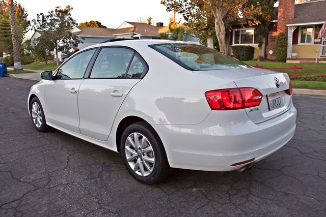 2012 Volkswagen JETTA SE W/CONVENIENCE ONLY 85K MLS SUNROOF LEATHER SERVICE RECORDS! Woodland Hills, CA 2