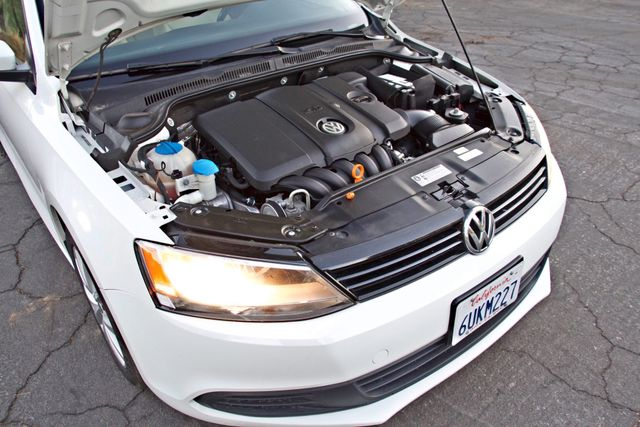 2012 Volkswagen JETTA SE W/CONVENIENCE ONLY 85K MLS SUNROOF LEATHER SERVICE RECORDS! Woodland Hills, CA 25