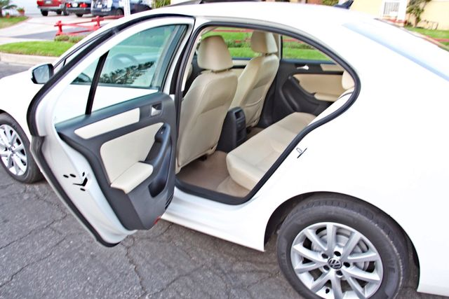2012 Volkswagen JETTA SE W/CONVENIENCE ONLY 85K MLS SUNROOF LEATHER SERVICE RECORDS! Woodland Hills, CA 21