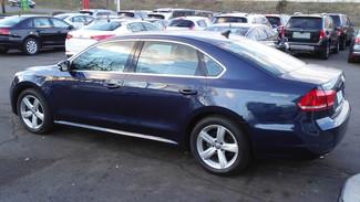 2012 Volkswagen Passat SE w/Sunroof Nav PZEV East Haven, CT 2