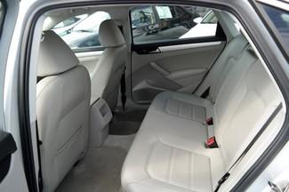 2012 Volkswagen Passat SE Hialeah, Florida 8