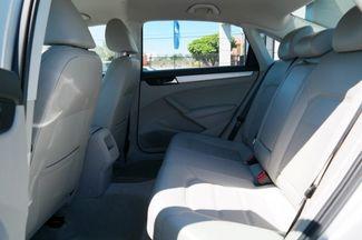 2012 Volkswagen Passat SE Hialeah, Florida 31