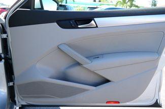 2012 Volkswagen Passat SE Hialeah, Florida 40