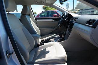 2012 Volkswagen Passat SE Hialeah, Florida 43