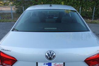 2012 Volkswagen Passat SE Hollywood, Florida 37