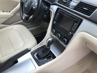 2012 Volkswagen Passat SE w/Sunroof Knoxville , Tennessee 63