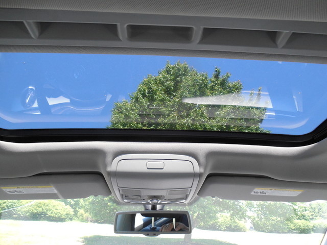 2012 Volkswagen Passat SE w/Sunroof  Nav Leesburg, Virginia 21