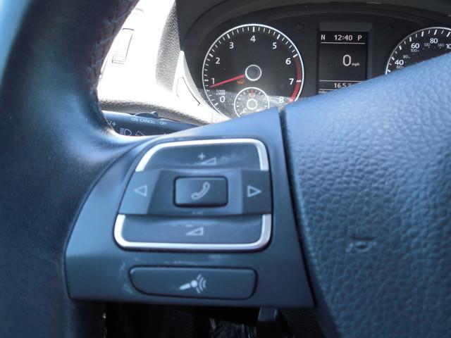 2012 Volkswagen Passat SE w/Sunroof  Nav Leesburg, Virginia 14