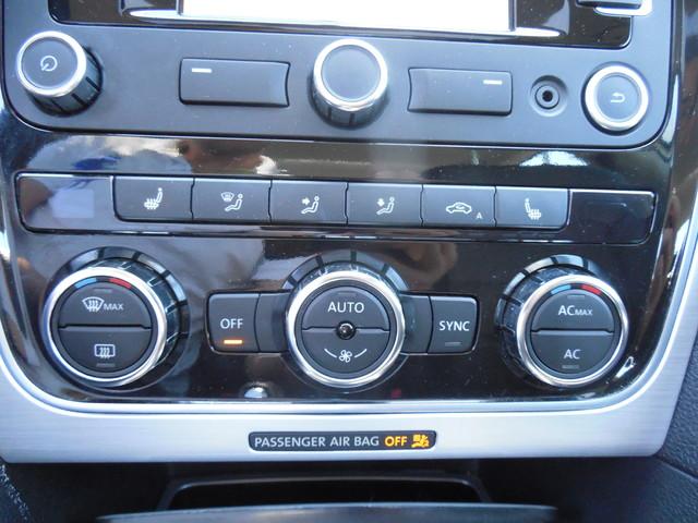 2012 Volkswagen Passat SE w/Sunroof  Nav Leesburg, Virginia 19