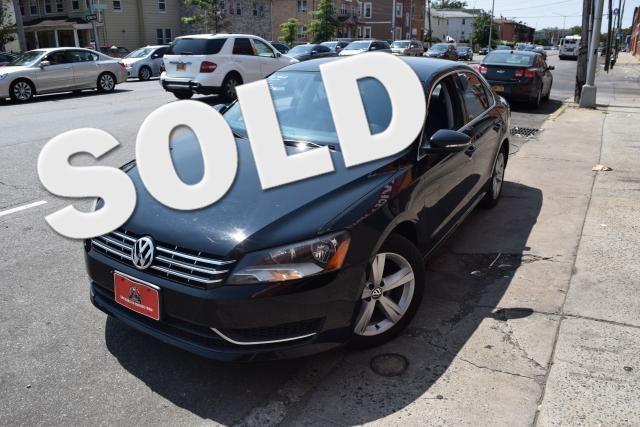 2012 Volkswagen Passat SE Richmond Hill, New York 0