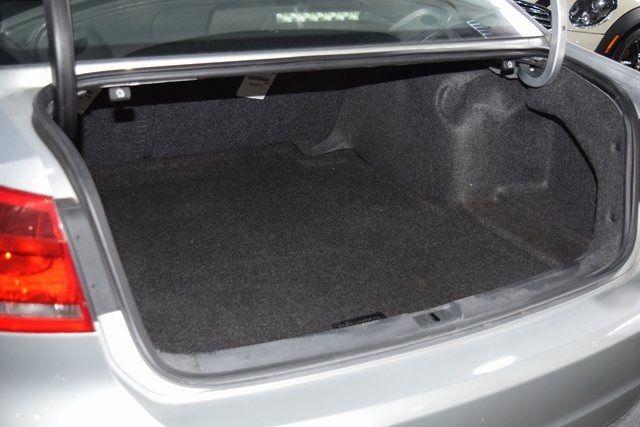 2012 Volkswagen Passat SE w/Sunroof Richmond Hill, New York 15