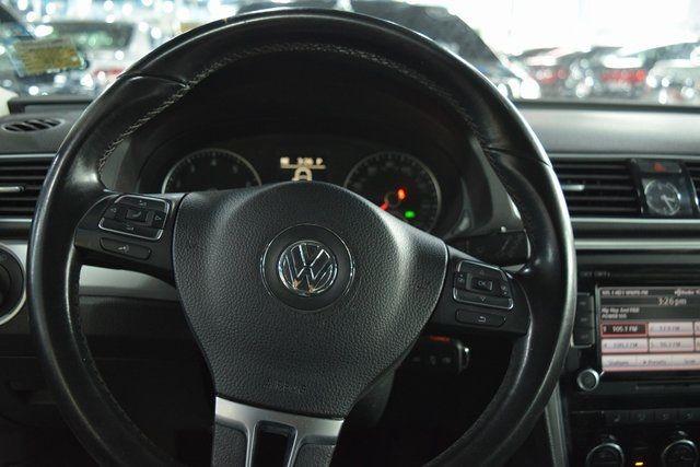 2012 Volkswagen Passat SE w/Sunroof Richmond Hill, New York 26