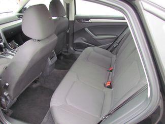 2012 Volkswagen Passat S Sacramento, CA 14