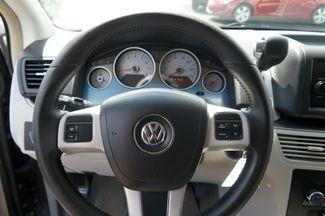 2012 Volkswagen Routan S Hialeah, Florida 10