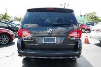 2012 Volkswagen Routan S Hialeah, Florida 23