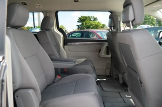 2012 Volkswagen Routan S Hialeah, Florida 33