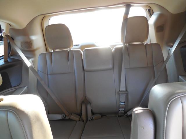 2012 Volkswagen Routan SE w/RSE Navigation Leesburg, Virginia 21