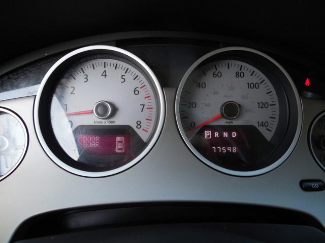 2012 Volkswagen Routan SE w/RSE Navigation Leesburg, Virginia 15