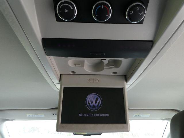 2012 Volkswagen Routan SE w/RSE Navigation Leesburg, Virginia 34