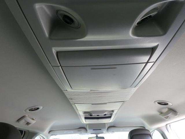2012 Volkswagen Routan SE w/RSE Navigation Leesburg, Virginia 35