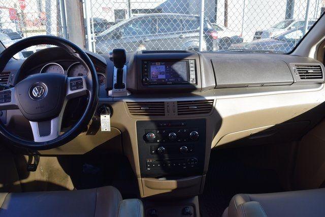 2012 Volkswagen Routan SE Richmond Hill, New York 16