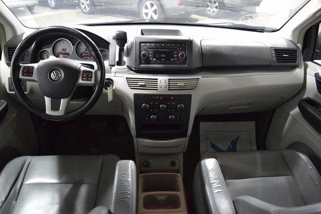 2012 Volkswagen Routan SE Richmond Hill, New York 20