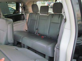 2012 Volkswagen Routan SE Sacramento, CA 11