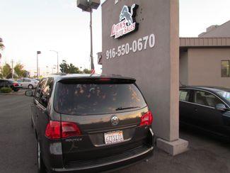 2012 Volkswagen Routan SE Sacramento, CA 6