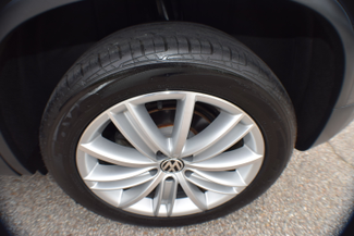 2012 Volkswagen Tiguan SE w/Sunroof & Nav Memphis, Tennessee 15
