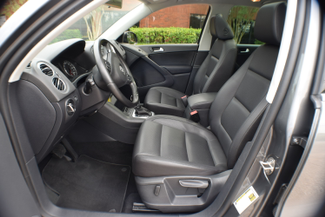 2012 Volkswagen Tiguan SE w/Sunroof & Nav Memphis, Tennessee 4