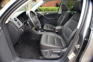 2012 Volkswagen Tiguan SE w/Sunroof & Nav Memphis, Tennessee 12
