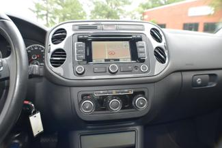 2012 Volkswagen Tiguan SE w/Sunroof & Nav Memphis, Tennessee 25