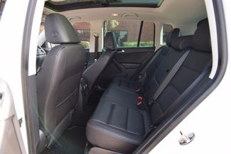 2012 Volkswagen Tiguan SE w/Sunroof & Nav Memphis, Tennessee 6
