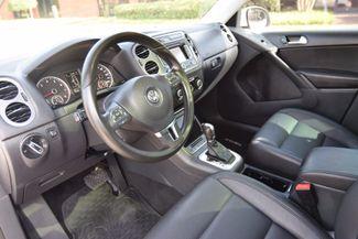 2012 Volkswagen Tiguan SE w/Sunroof & Nav Memphis, Tennessee 16