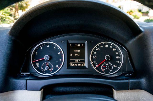 2012 Volkswagen Tiguan SEL w/Sunroof & Nav Reseda, CA 16