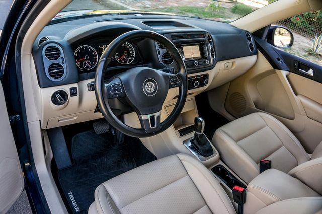 2012 Volkswagen Tiguan SEL w/Sunroof & Nav Reseda, CA 15