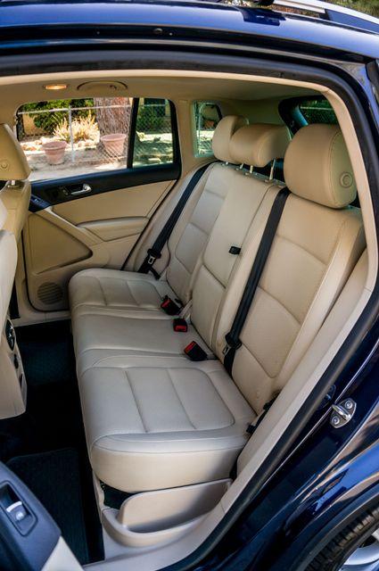 2012 Volkswagen Tiguan SEL w/Sunroof & Nav Reseda, CA 30