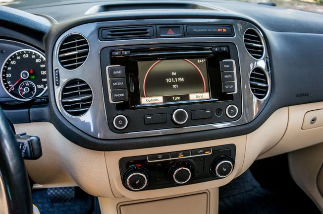 2012 Volkswagen Tiguan SEL w/Sunroof & Nav Reseda, CA 26