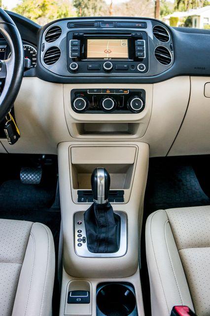 2012 Volkswagen Tiguan SEL w/Sunroof & Nav Reseda, CA 23
