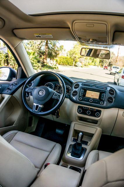 2012 Volkswagen Tiguan SEL w/Sunroof & Nav Reseda, CA 35