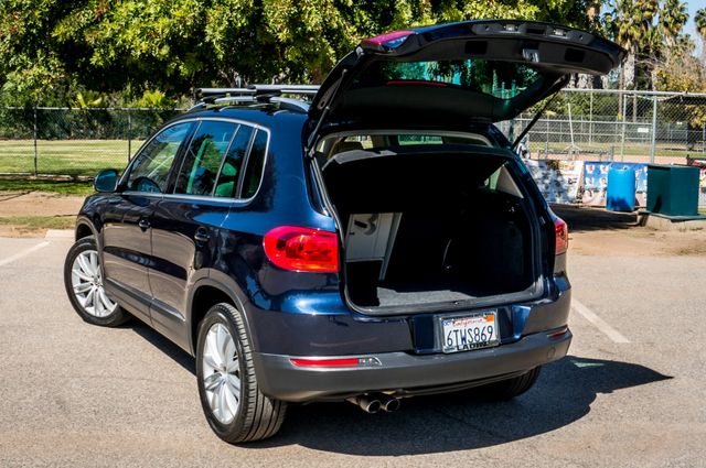 2012 Volkswagen Tiguan SEL w/Sunroof & Nav Reseda, CA 10