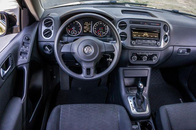 2012 Volkswagen Tiguan S Reseda, CA 19